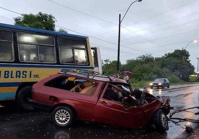 Accidente en Limpio deja dos jóvenes muertos