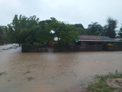 Cantidad de afectados por lluvias podría alcanzar las 3.000 familias