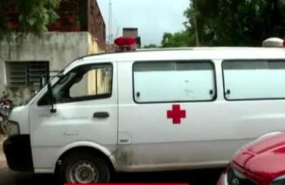Incautan ambulancia con objetos robados