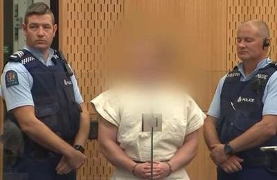 Autor de la masacre de Nueva Zelanda rechaza a su defensa y plantea representarse a sí mismo