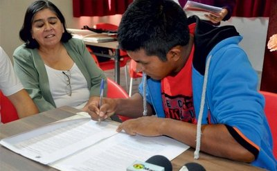 AplicaPy busca orientar a jóvenes a las mejores universidades del mundo