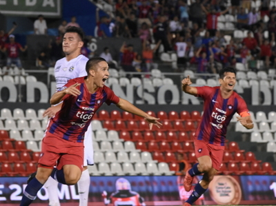 Cerro Porteño golea de forma categórica Sol de América en Sajonia
