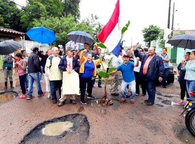 Sanlorenzanos exigen arreglo de varias calles