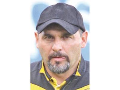 Tato García, nuevo técnico de Santaní