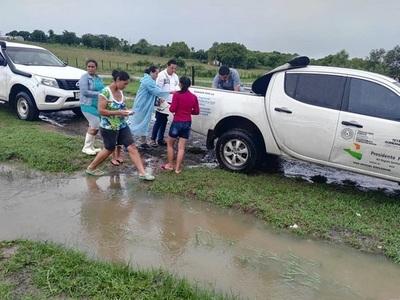 Tras temporal damnificados de Benjamín Aceval reciben asistencia médica