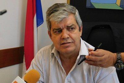 Exintendente considera que Ferreiro está sometido por el clientelismo