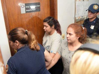 Joven presa por caso de quíntuple homicidio pide su libertad
