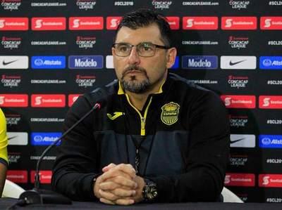 """Martín """"Tato"""" García es el nuevo entrenador de Santaní"""