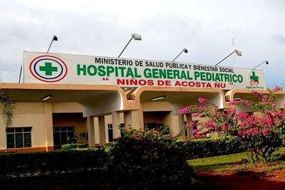 Cirujanos extranjeros operan en el Acosta Ñu