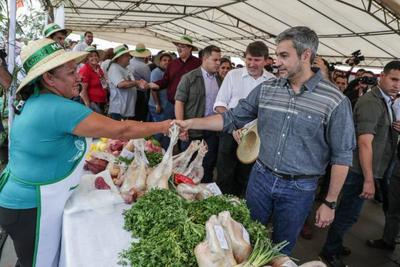 Jefe de Estado visitó zona del Alto Paraná