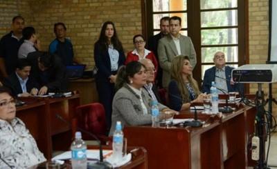 Perla Rodríguez presentó rendición de cuentas ante concejales