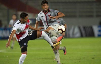 El golazo de 'Chelo' en la Sudamericana