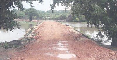 MADES interviene obra vial que afectaría a una laguna en Piquete Cué