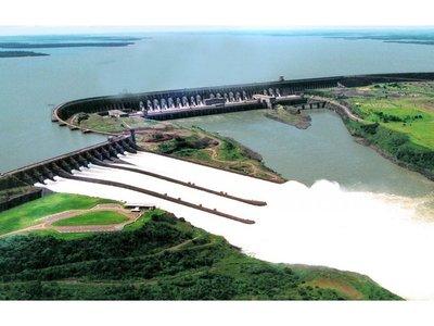 Brasil muda a jefes de Itaipú para ahorrar, mientras acá usan la represa para conseguir votos