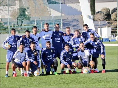 Scaloni confirma equipo con Messi de titular