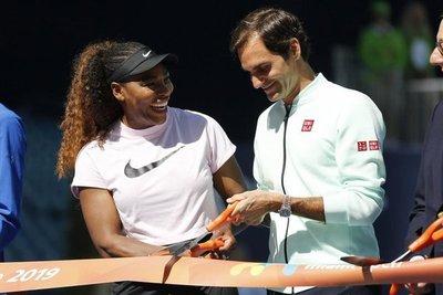 Djokovic, Federer, a punto de pisar la cancha