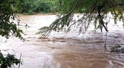 Continúa búsqueda del militar desaparecido en aguas del arroyo Kaagata