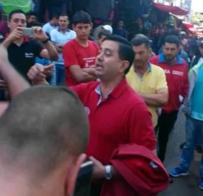 Concejal Núñez fue echado a gritos del microcentro