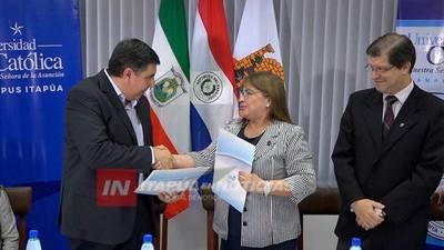 LA CATÓLICA SUSCRIBIÓ CONVENIO CON LA ASOCIACIÓN DE ABOGADOS DE ITAPÚA.
