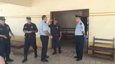 Comisario Osval Lesme volvió a la Comisaría de Campo 9