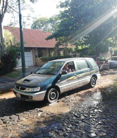 Calles inundadas todos los días