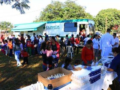 Centenares de personas recibieron atención médica gratuita en Encarnación