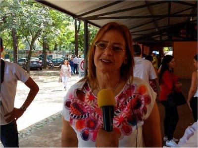 Precandidata colorada destaca participación en internas de CDE
