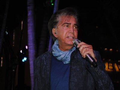 José Luis Rodríguez se alista para su gira mundial con concierto en Miami