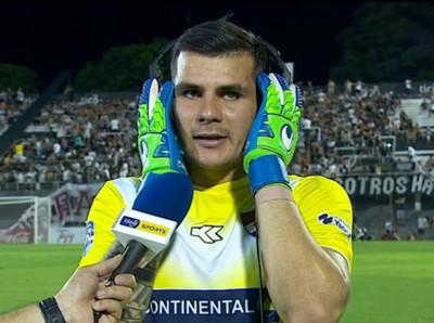 Santiago Rojas está contento por volver al arco de Nacional