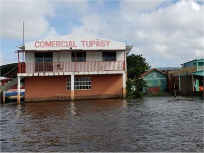 Unas  700 familias están afectadas  en Concepción por crecida del río