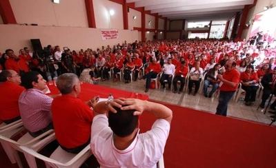 """HOY / Justifican cierre de puertas de ANR a los jóvenes para evitar """"oportunismo partidario"""""""