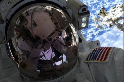 Se frustra primer paseo espacial con mujeres por falta de un traje adecuado – Prensa 5
