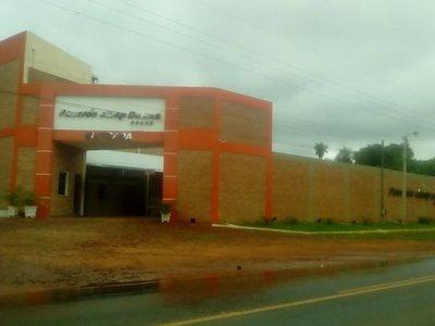 Hombre muere de infarto en motel de Itauguá