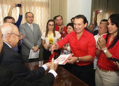 TEP de la ANR proclamó a Wilberto Cabañas