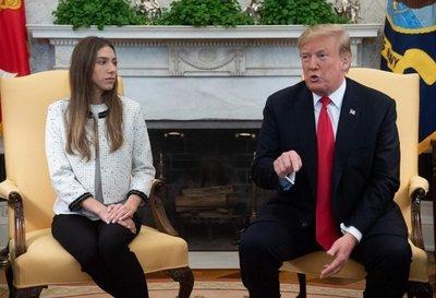 """Trump insta a Rusia a """"salir"""" de Venezuela al recibir a la esposa de Guaidó"""