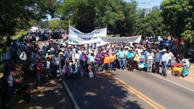 Tercer día de movilización campesina en San Pedro