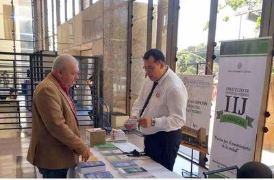 Feria de libros en la Circunscripción de San Pedro