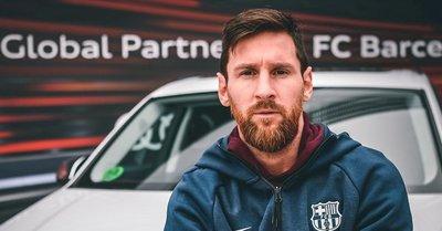 Los jugadores del FC Barcelona ya tienen sus nuevos Audi