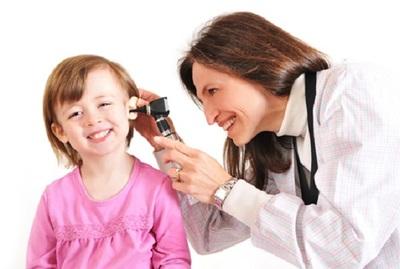 Fundación ofrece talleres de capacitación para especialistas de salud