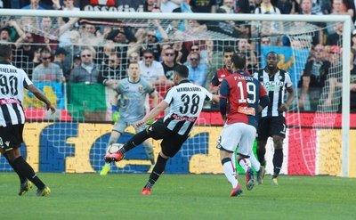 Golazo en la victoria del Udinese