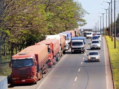 Piden  investigar a funcionarios que intentaron cobrar a los  camioneros