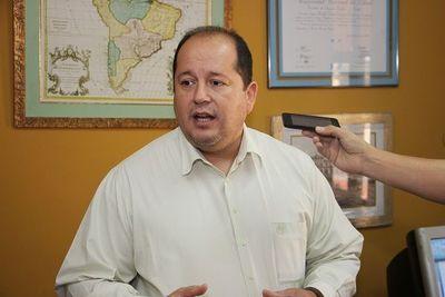 Solicitan juicio oral a acusado de agredir a efectivo policial