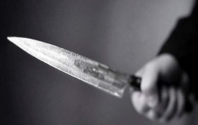 Hombre mata de cinco puñaladas a su pareja en San Pedro