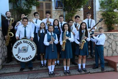 Noche de Jazz y Folclore en la Manzana de la Rivera