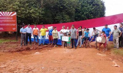 Vecinos reclaman a municipalidad que culmine obra