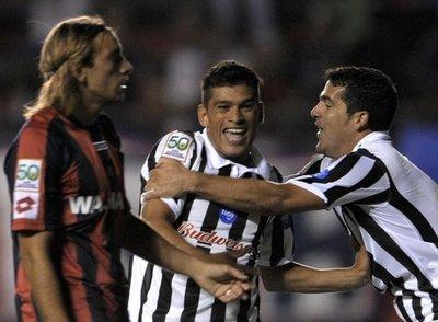 Primer juego entre Libertad y Rosario Central