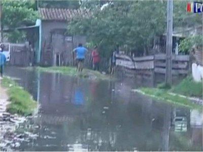 Hallan muerto a un hombre en zona inundada en Asunción