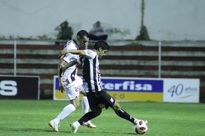 Santaní obtiene su primera victoria en el Apertura