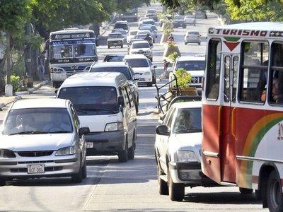 Pedro Britos: Horario escalonado ayudaría a descongestionar el tráfico
