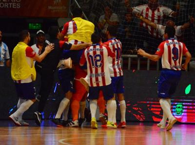 En el último minuto del alargue, Paraguay vence a Marruecos y está en semis